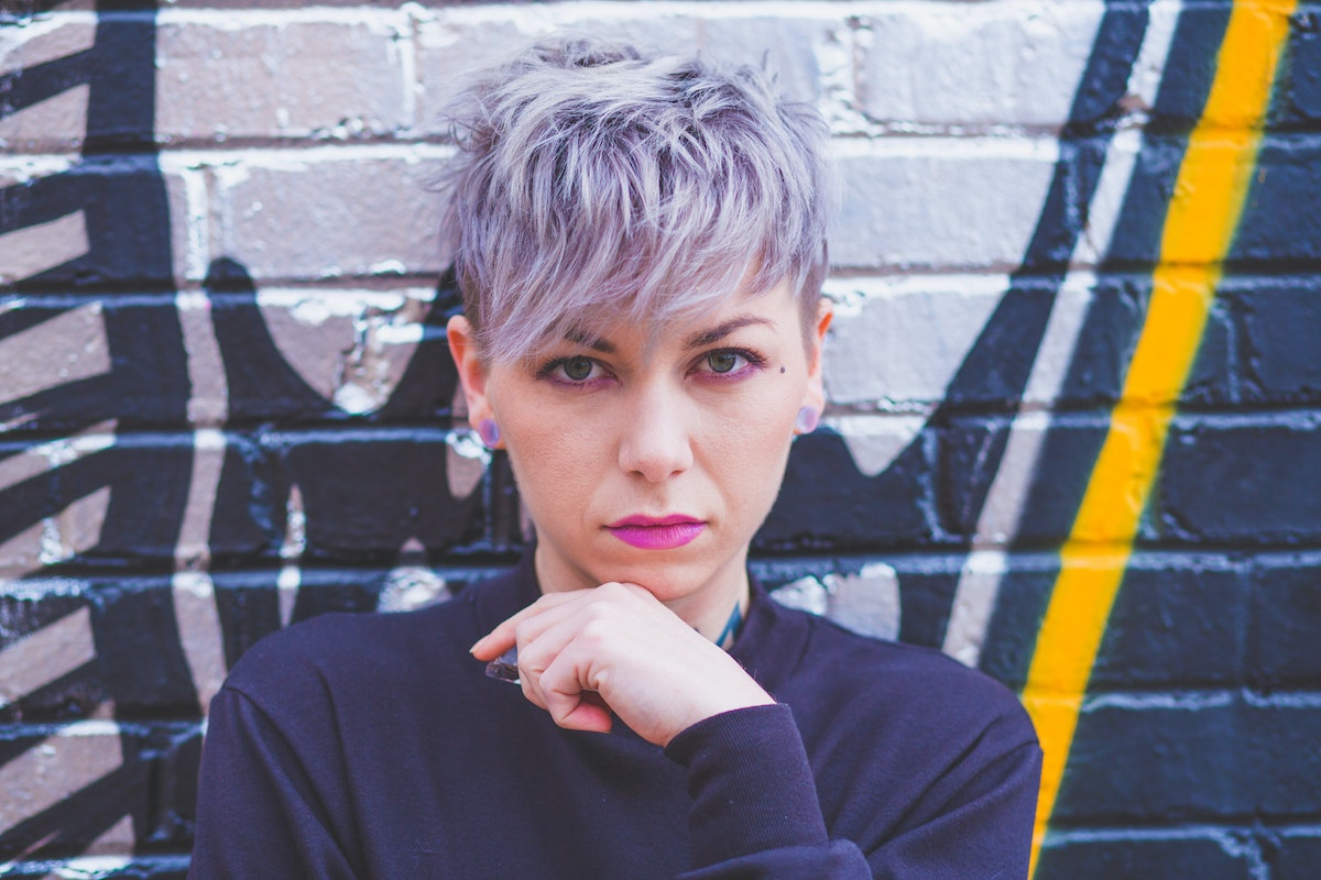 woman with purple pixie cut hair