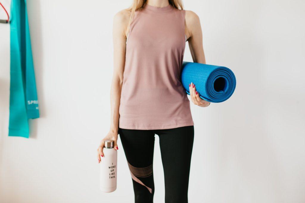 yoga clothes and mat
